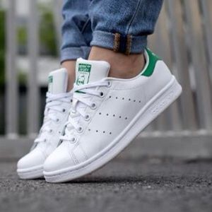 💚 Adidas Stan Smith Tennis - Youth 5.5